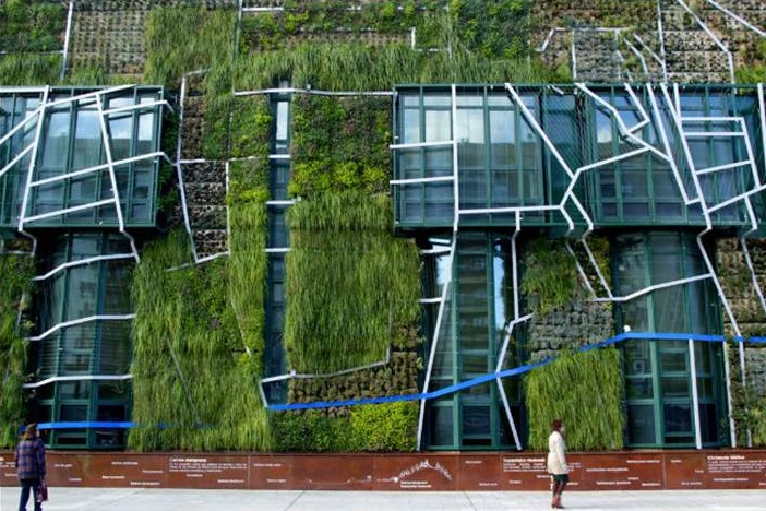 greenURBANLIVING - Multifunctional systems based on expanded cork agglomerate for the construction of green roofs and living facades